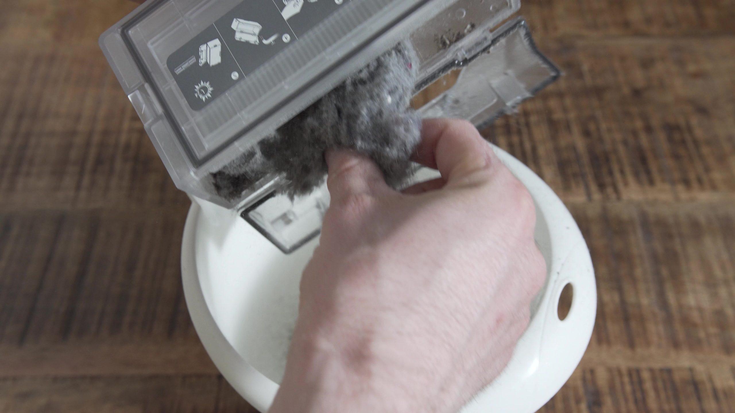 Roborock S7 Saugroboter Absaugstation nicht mehr Staubkammer von Hand leeren
