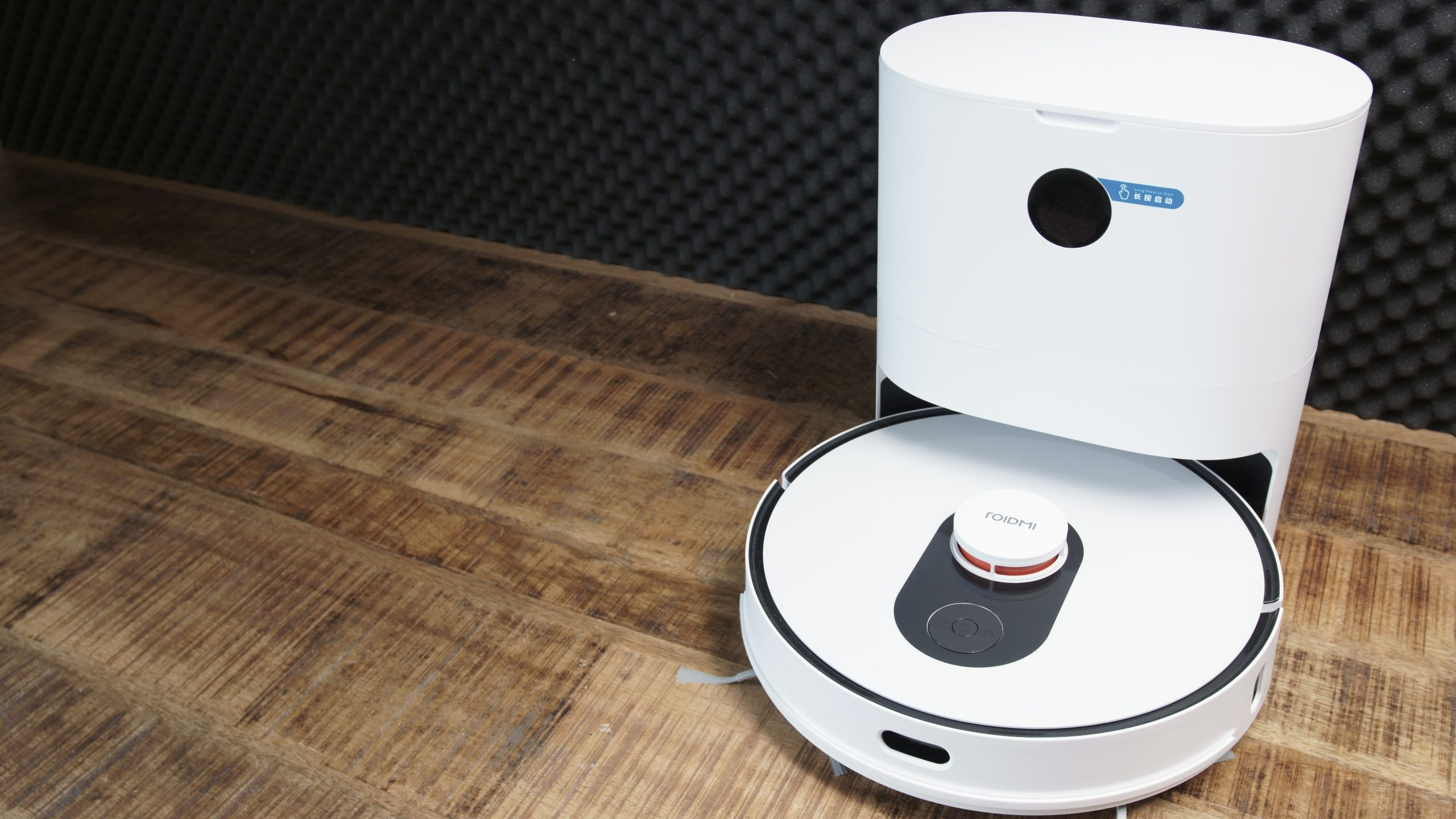Roidmi EVE Plus Saugroboter mit Absaugstation Design