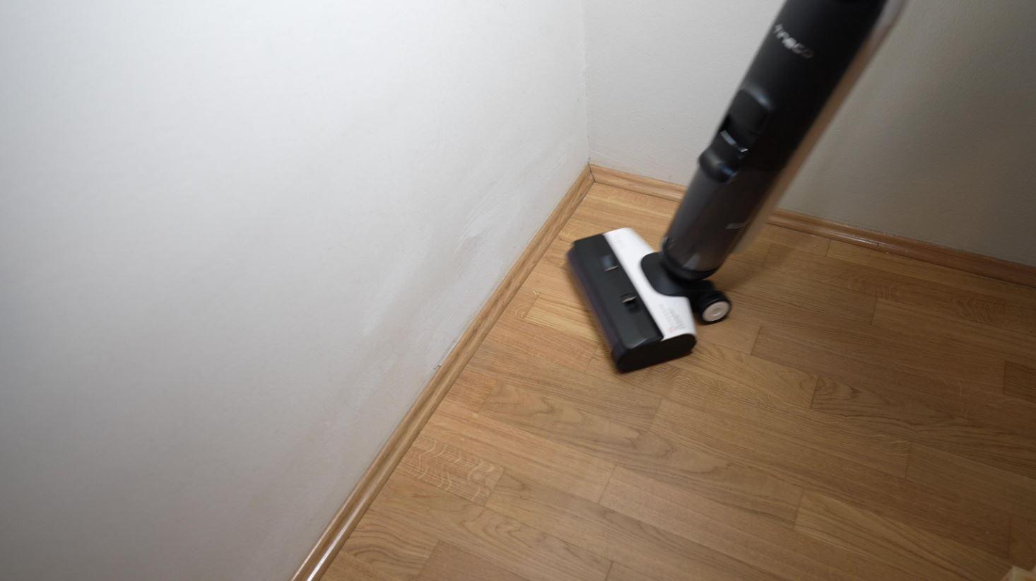 Tineco Floor One S5 Wisch-Akkusauger Eckenreinigung